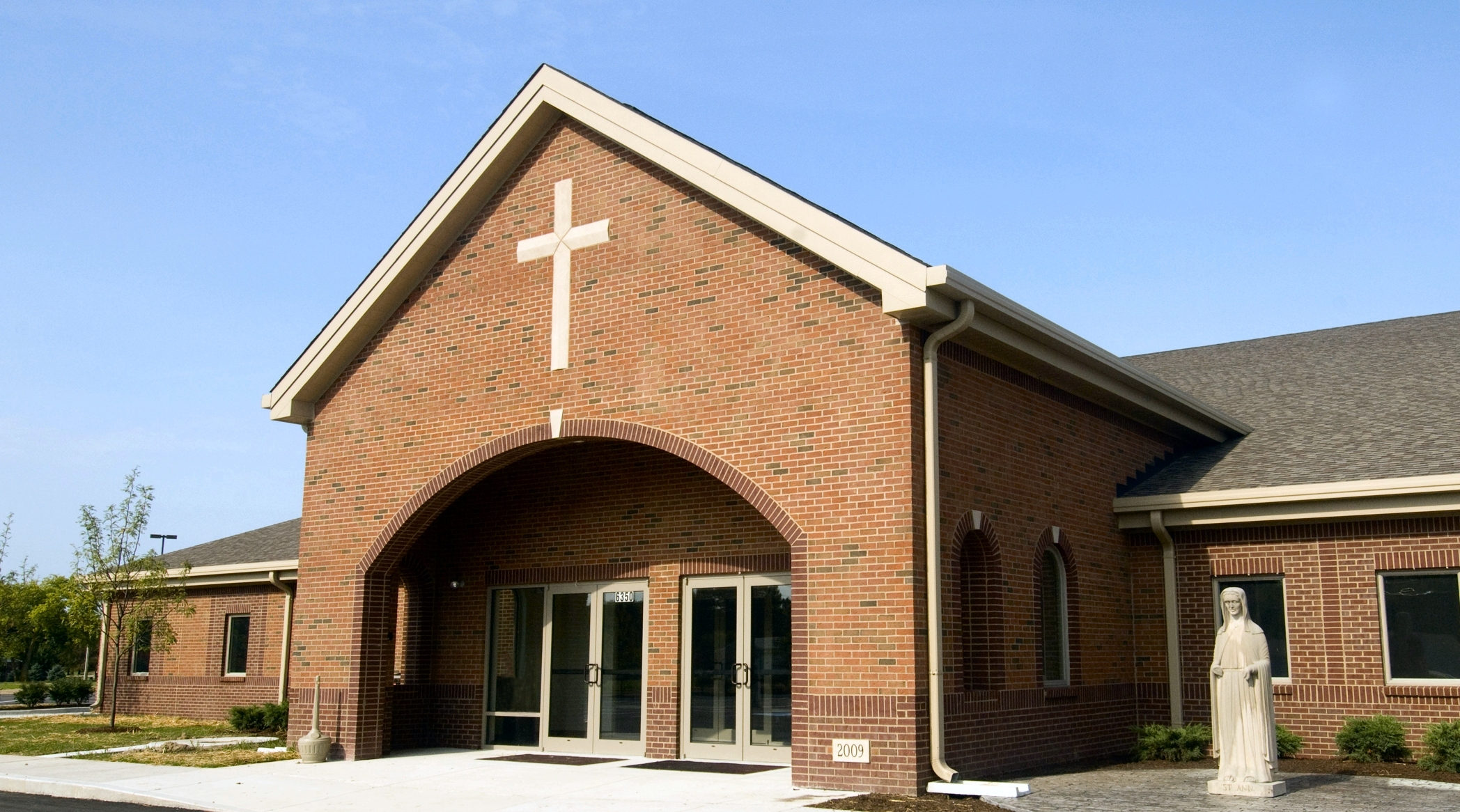 Modern churches atheism for Modern church youth building design